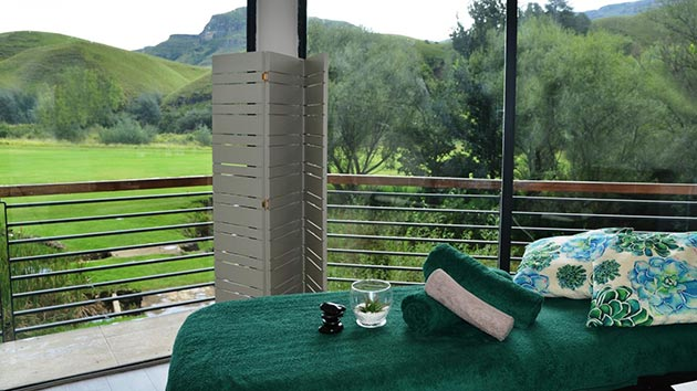 Premier Resort Sani Pass, hotel accommodation, himeville underberg, southern drakensberg, activities, bed and breakfast, farm accommodation, kwazulu-natal